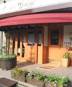 三郷にも美味しいビストロカフェがあります。植栽のお仕事を頂いている「テロワール」さん。