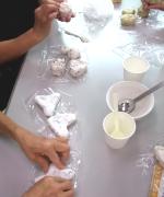 アロマ石けん作り教室では、生徒さんの個性あふれる石けんが沢山!