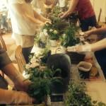 寄せ植えレッスンも人気です。「小さな庭」をイメージして。